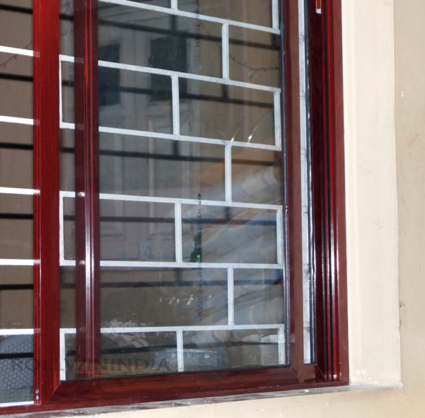 wood finish aluminium window