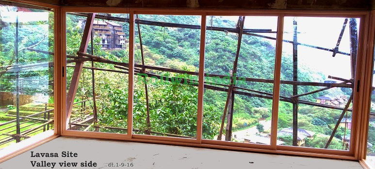 Lavasa_Site_SlidingDoor